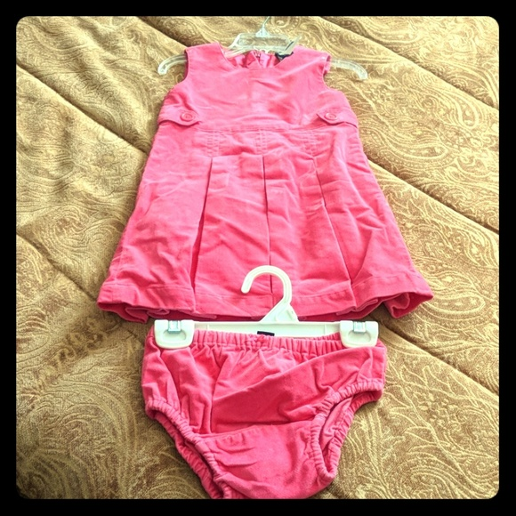 GAP Other - Adorable GAP Toddler outfit - New